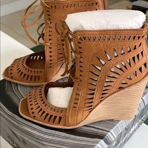 Jeffery Campbell Rodillo-Hi tan sandals *size7*